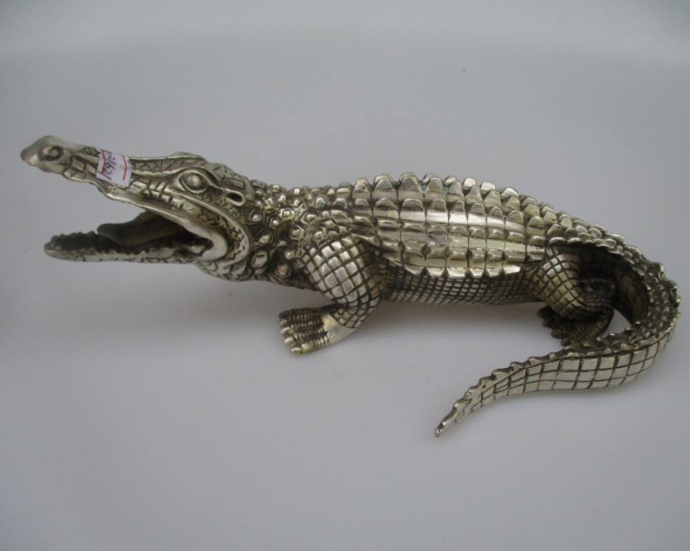 online buy wholesale crocodile sculptures from china crocodile sculptures wholesalers. Black Bedroom Furniture Sets. Home Design Ideas