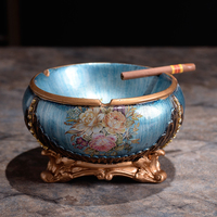 The blue Mediterranean pastoral ashtray ashtray European large luxury decoration personalized hand painted ashtray
