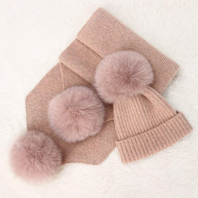 New arrival lady spring natural fox fur pompom hat fashion warm large pompom genuine