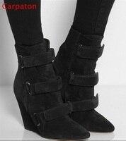 Gancho de Punta estrecha negro Suede Wedge Boots Mujeres Otoño Invierno Aumento de la Altura Botas Cortas de Alta Calidad Zapatos de Vestir de Tamaño 42