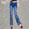 Плюс размер Американский стиль цветочный вышивка джинсовые брюки бусы декор flare брюки нижняя pantalones mujer LT852