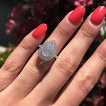 Huitan Water Drop Wedding Ring Band Trendy Pear Shaped Cubic Zircon Stone Paved Silver Plated Anniversary Wholesale Lots