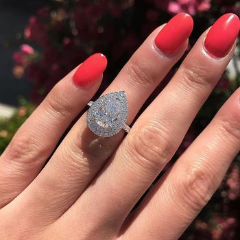 Huitan Water Drop Wedding Ring Band Trendy Pear Shaped Cubic Zircon Stone Paved Silver Plated Anniversary Ring Wholesale Lots huitan luxury wedding ring mysterious purple crystal stone prong setting women ring band with micro paved anniversary ring band