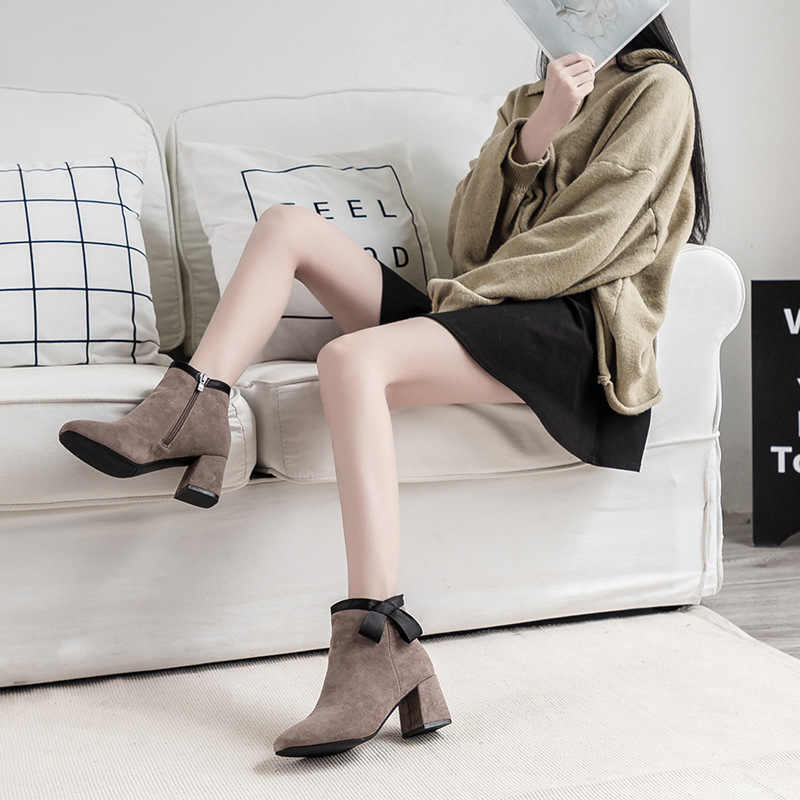 ZANPACE Kadife Çizmeler 2018 2 Renk Yay Bayanlar Fermuar Ayakkabı Kadın yarım çizmeler Yüksek Topuklu kısa çizmeler Marka Topuk Martin Çizmeler
