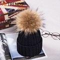 [AETRENDS] 2016 Chapéus Novos de Inverno para As Mulheres de Cor Sólida Friso Gorros com Bola De Pele De Guaxinim de Grandes Dimensões de Malha Chapéu Z-3503