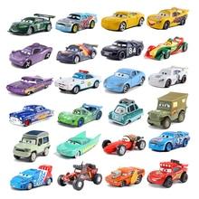 Disney pixar carros 3 relâmpago mcqueen, mater jackson tempestade ramirez, modelo de liga de metal fundido, presente de carro de brinquedo para presentes de natal