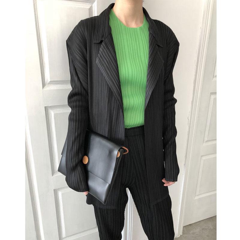 Changpleat 2018 Autumn New women Basic jacket Coats Miyak Pleated Fashion Solid Long Sleeve Turn-down Collar Large Size Coat C00