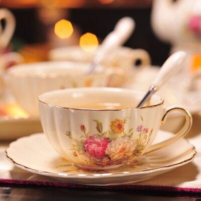 200 мл Афины керамическая кофейная чашка блюдце набор капучино кофе фарфоровая чашка блюдо послеобеденный чай чашка изысканный подарок - Цвет: 02 Set