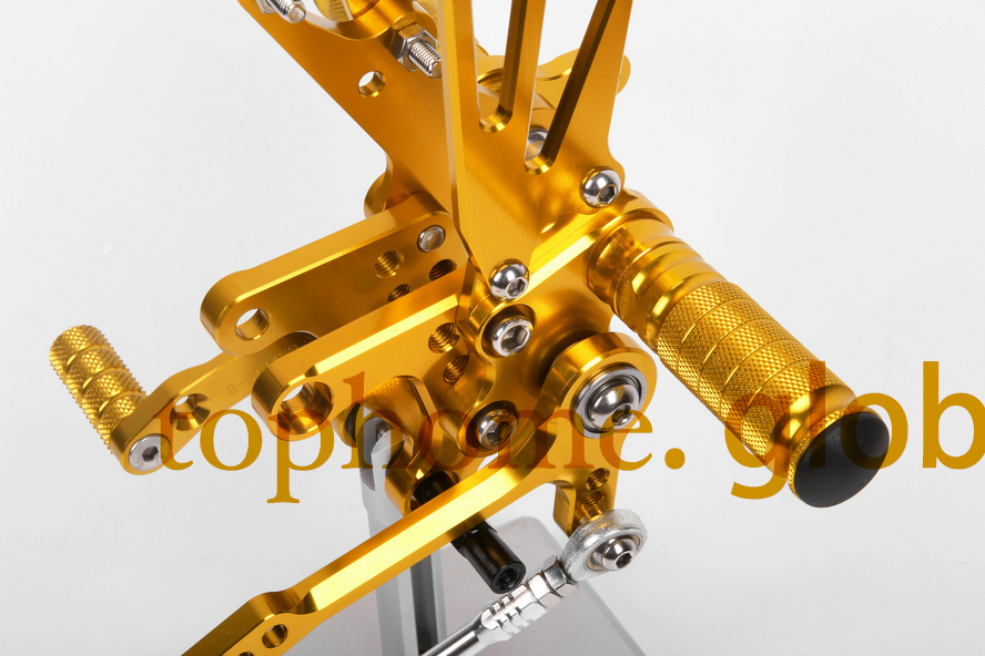 Free Shipping Motorcycle Golden CNC Rearsets Foot Pegs Rear Set For Suzuki GSXR600 2000-2005 2001 2002 2003 motorcycle foot pegs