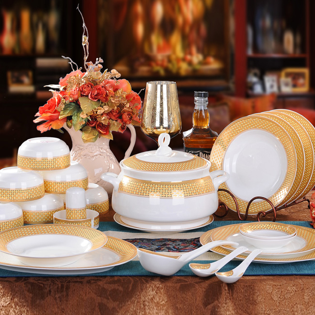 Bone China Dinnerware Set Ceramic Plates and Dishes Bowls 46pcs combination Tableware Ceramic