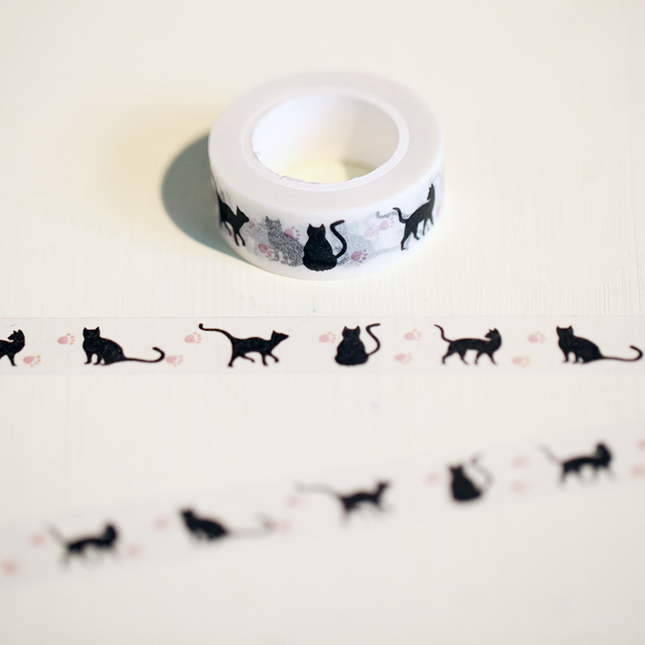 1 Pc / Pack New 15 Mm * 10m Cartoon Black Cat Print Japanese Paper Washi Tapes Masking Tape Decorative Adhesive Tapes