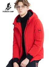 Pioneer Camp สั้นฤดูหนาว Parkas ผู้ชายแบรนด์เสื้อผ้าแฟชั่น hooded WARM Coat หนาคุณภาพ Coat Parkas ชายสีแดง AMF801485