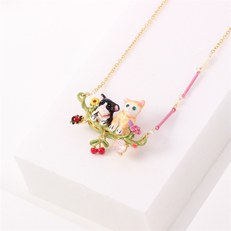 Warmhome Trendy Jewelry Enamel Glaze Copper Fashion Animal Series Black Yellow Cat For Women Necklace yibuy 87x37x19mm black yellow copper