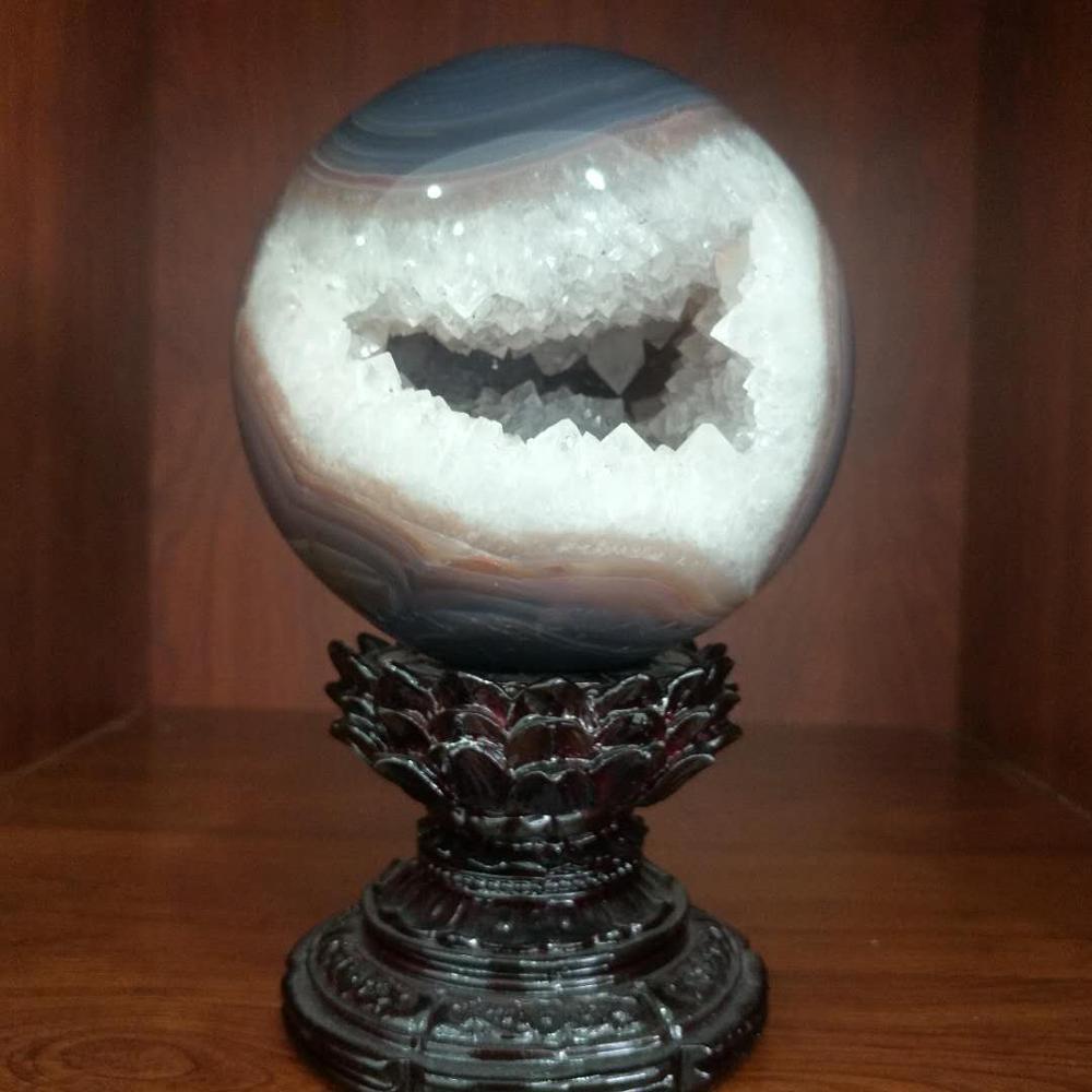 2 kg belle boule de cristal de grotte en cristal d'agate naturelle comme décoration de meubles-in Pierres from Maison & Animalerie    1