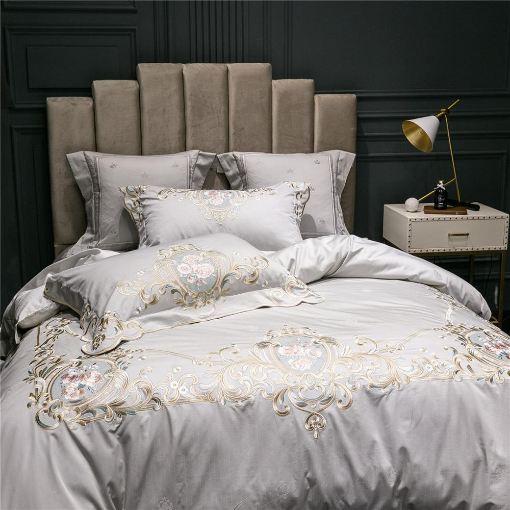 Reina y Rey 4 piezas Juego de ropa de cama marca de lujo italiano de alta precisión hilo bordado edredón juego de sábanas planas fundas de almohada gris claro - 3