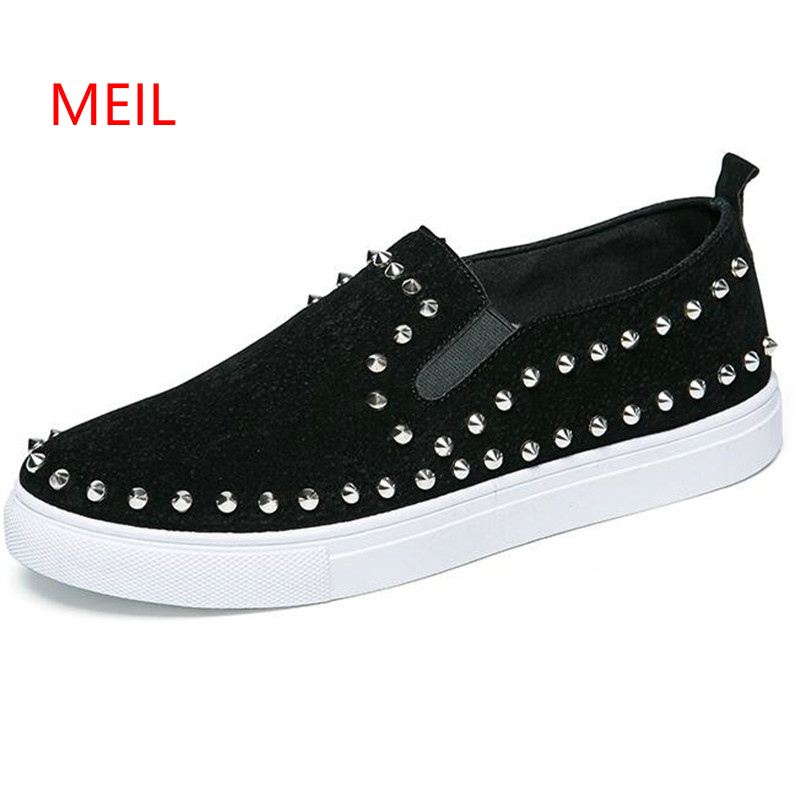 New Fashion Luxury Spikes Loafers Men Rivets Casual Leather Platform Sneakers Mens High Quality Motorcycle Shoes Black Red Shoe