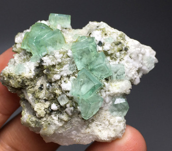30g  Natural perfect  fluorite Mineral Specimen crystal glass