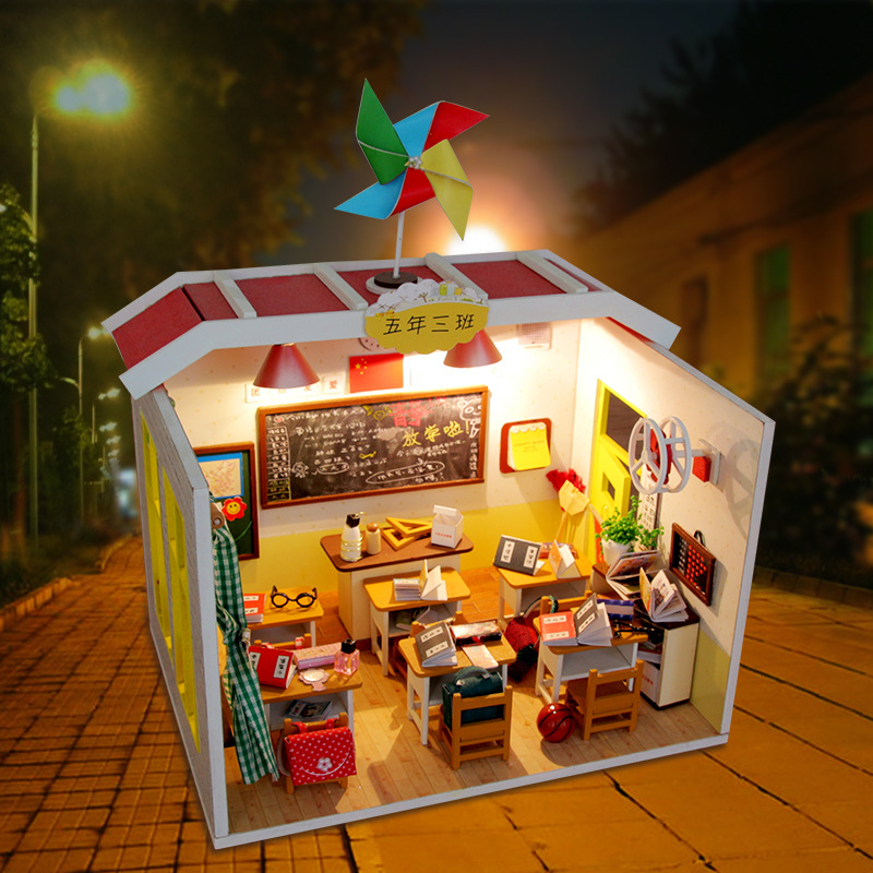 DIY Doll House Miniature With Furnitures Creative Handmade 3D Wooden Dollhouse Wooden Model Assembled Toys My Classmate M017 #E