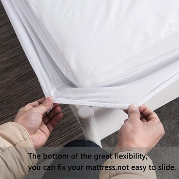 Smooth Waterproof Mattress Protector Cover For Bed Wetting 1