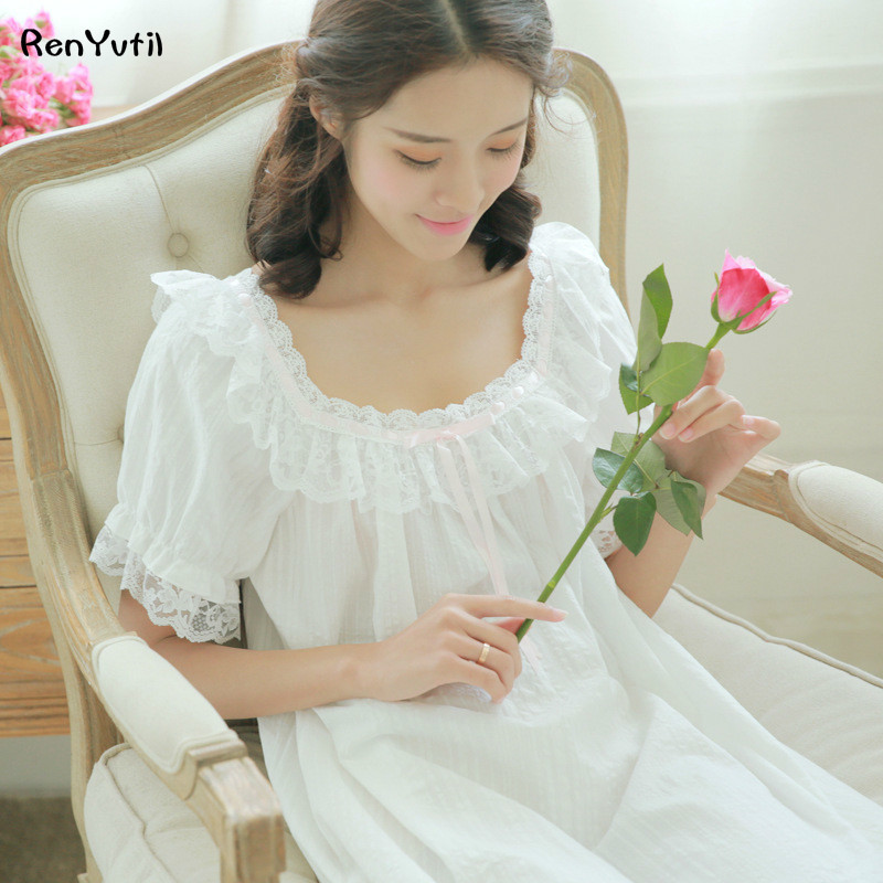 e0e99bec36 RenYvtil Vintage White Princess Nightgown Lace Embroidery Long Nightdress  Round Neck Long-Sleeve Female Pijama Sleeping Dress