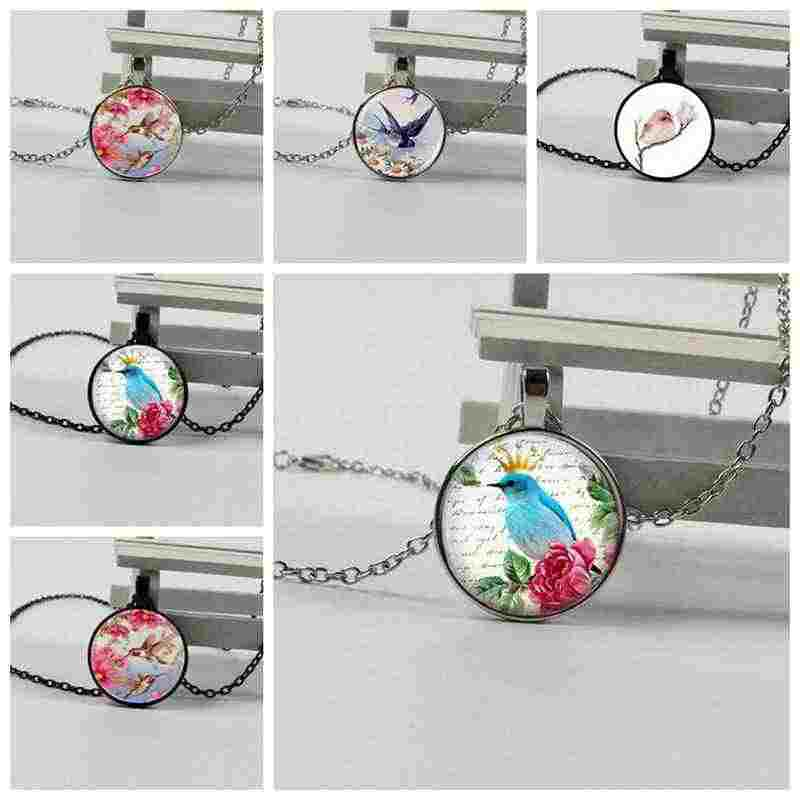 Free Shipping Crystal Dome Pendant Cute Bird Flying Print Retro Art Glass Cabochon Necklace Handmade Jewelry