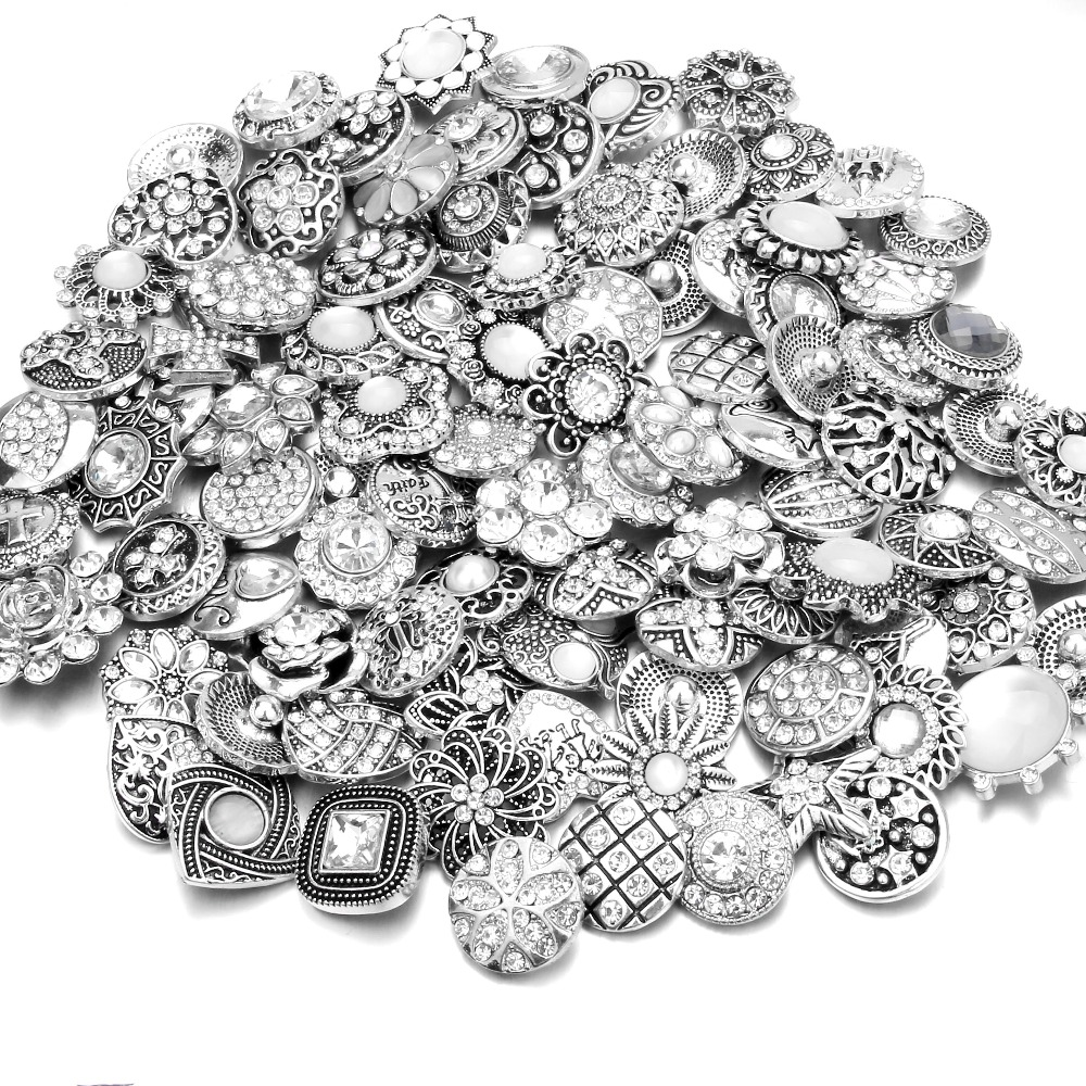 20pcs/lot High Quality Mix Many Rhinestone Styles Metal Charm 18mm Snap Button Bracelet For women DIY Snap Button Jewelry image