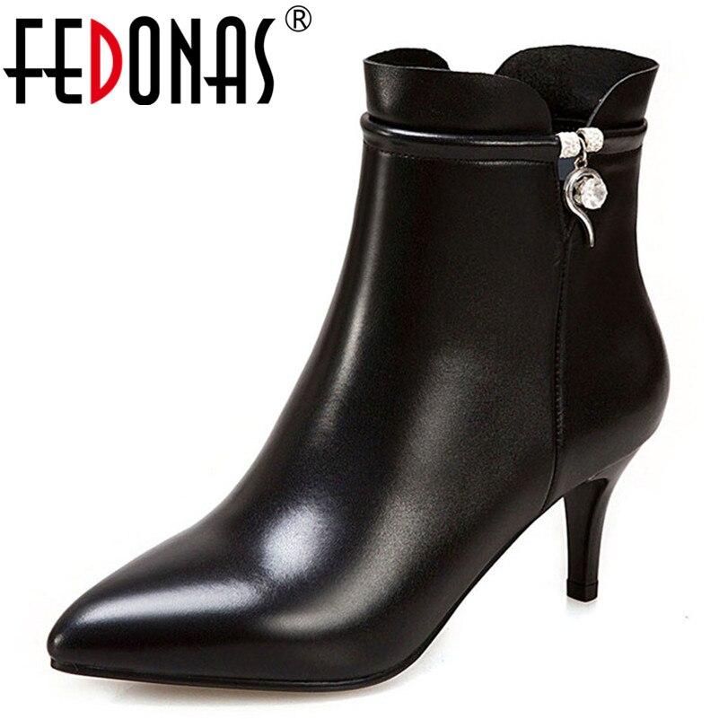 Botas de tobillo básicas para mujer tacones altos zapatos de boda de fiesta de diamantes de imitación Mujer con cremallera cálido otoño invierno botas cortas-in Botas hasta el tobillo from zapatos    1