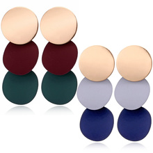 цены на 2018 New Arrival Korean Alloy 1Pair Geometric Grey Blue Red Green Drop Earring  Uneven Round Metal Free Shipping  Allergy Free в интернет-магазинах