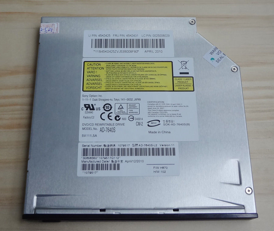Dell Studio 1555 Notebook OPTIARC AD-7640S Linux