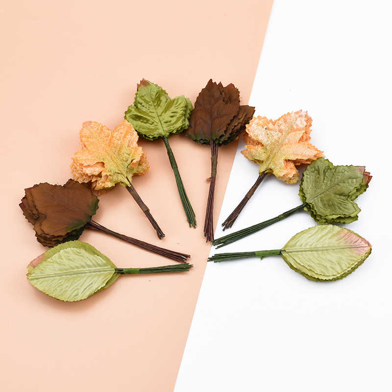 12pcs Silk Maple Leaf Christmas Leaves Decorative Flowers Wreaths New Year Home Decoration Diy Gifts Candy Box Artificial Plants