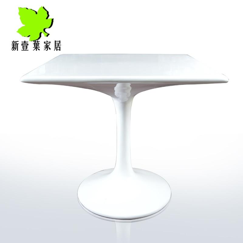Speciale tulip tavolo quadrato minimalista ikea vetro e - Tavolo quadrato allungabile ikea ...