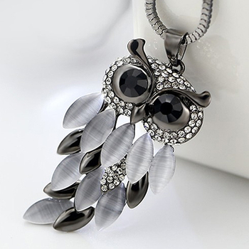 New Arrival Hot  Women's Lovely Owl Pendant Rhinestone Long Sweater Box Chain Necklace Jewelry Fashion Leader' Choice fashion wild necklace symmetrical five petal flower blue rhinestone elegant rhinestone pendant sweater long necklace jewelry