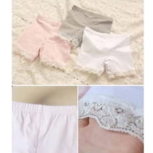 2018 New Child Girls Shorts Solid Color Lace Pants Children Safe Render Health Close-fitting