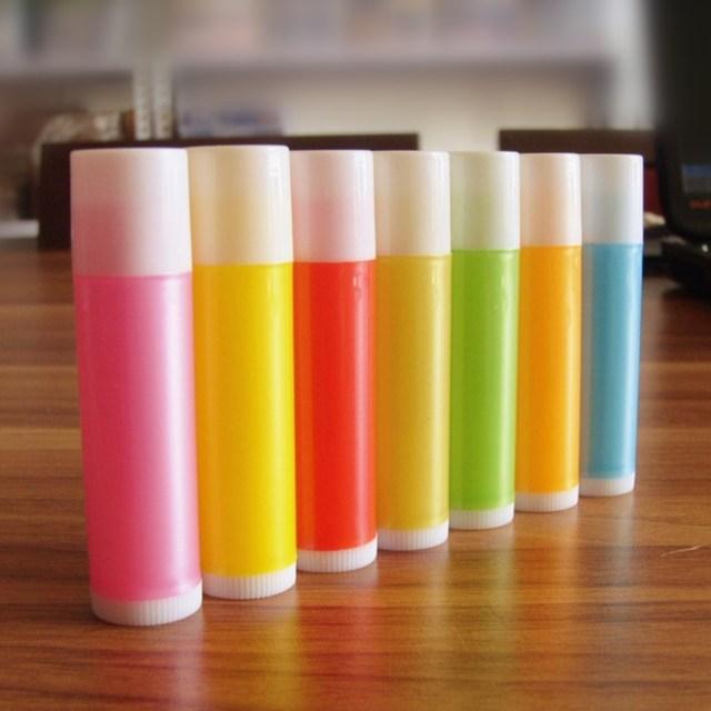 O Envio gratuito de 100 pçs/lote 5g Vazio Doce Cor Tubos LIP BALM Recipiente do Batom Garrafa Para DIY Lábio de Plástico de Embalagens de Cosméticos