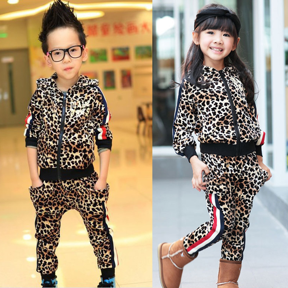 2017 New Spring Kids Girls Sets Children Leopard Suits Toddler Boy Casual Clothing Sets 2PCS Brand Outer Wear Free Shipping 2017 brand spring children s boy and girlsclothing sets kids tiger printed two pieces suits cotton toddler outerwear coustme