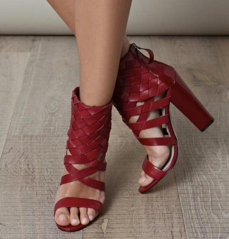 Designer crisscross strap cutout wpmen high heel sandals open toe chunky heels party dress shoes woman size 34 - 42 free sh crisscross open back scallop trim bodysuit