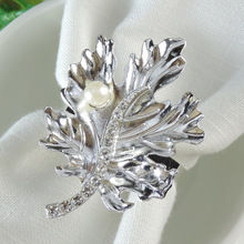 6PCS metal maple leaf napkin ring silver plated diamond pearl buckle wedding bar hotel accessories