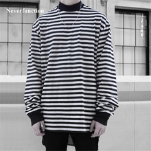 Autumn 2018 Men New Long sleeve striped T-shirt Hip Hop Loose Cotton Streetwear Men Black White Striped Oversized Casual T shirt