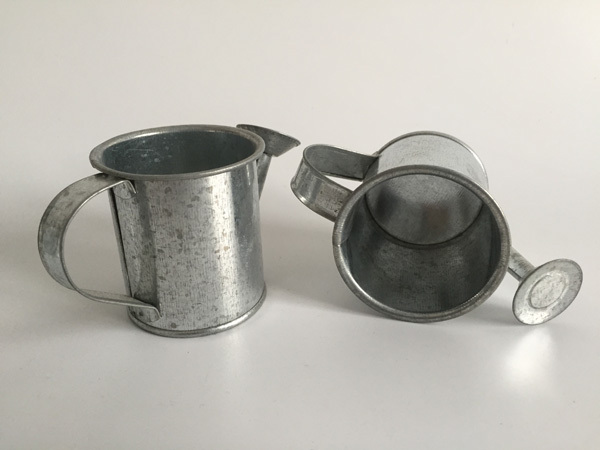 30pcs/lot D5.5XH5.5CM Silvery Mini watering cans wedding favors bucket tin Metal Favors Decorative watering cans
