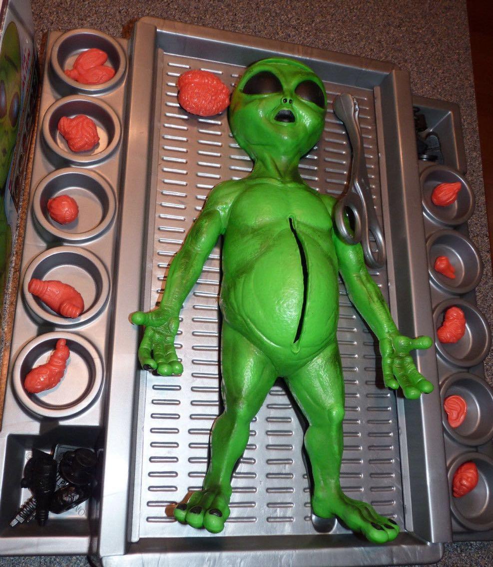 Vintage alien anatomie chirurgie jouet 14 pouces