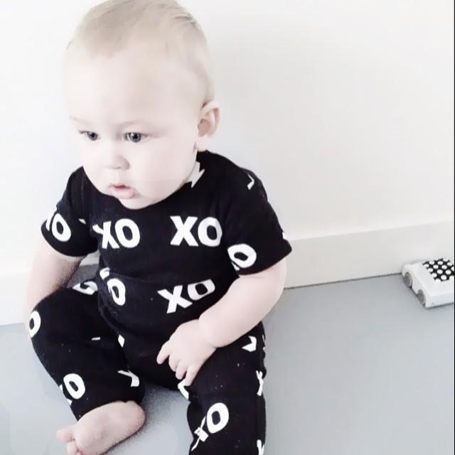 2018 New Fashion baby boy clothing set unisex long-sleeved printing T-shirt+pants 2pcs newborn bebe baby girl clothes set