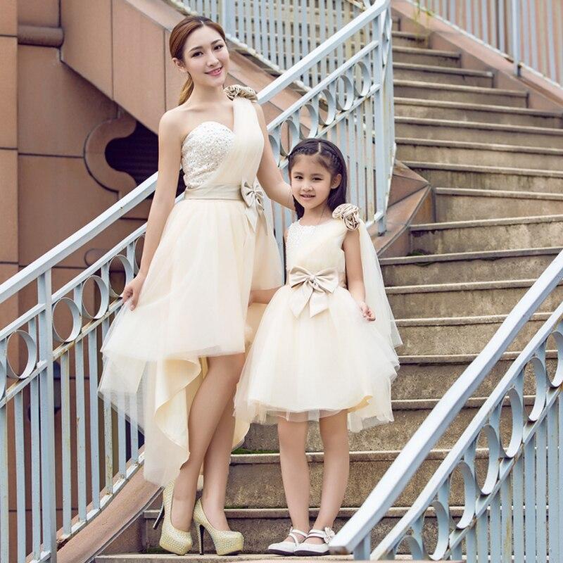 Été maman fille robes automne famille correspondant princesse robe de mariée famille correspondant vêtements tenues sans manches famille Look