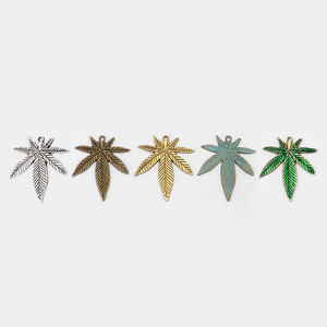 10pcs Five Color Large Rasta Hemp Leaves Charms Pendant for Necklace Bracelet Making Parts DIY Fashion Jewelry Accessories(China)
