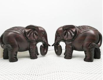 Ebony woodcarving handicraft decoration, lucky and good fortune, elephant home furnishings display factory direct wholesale
