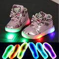 2017 encantadores de la manera led iluminado bebé casual shoes muchachos elegantes girls shoes ventas calientes botas de bebé lindo niños nobles brillantes zapatillas de deporte