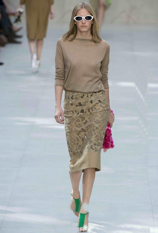 New Arrival Long Sleeve Knit Sweater Hollow Out Embroidered Slim Skirt Skirt Suit 131202XD02