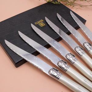 Image 2 - Fransa 6 adet Yüksek kaliteli laguiole paslanmaz çelik biftek bıçağı seti sofra yemek takımı Kremalı Beyaz çelik çatal bıçak kaşık seti
