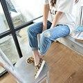 Las mujeres Los Pantalones Vaqueros, 2017 Primavera Verano Feminina Ripped Denim Pantalones Lápiz Capris Agujero Boyfriend Jeans Tallas grandes 32 de Las Mujeres pantalones