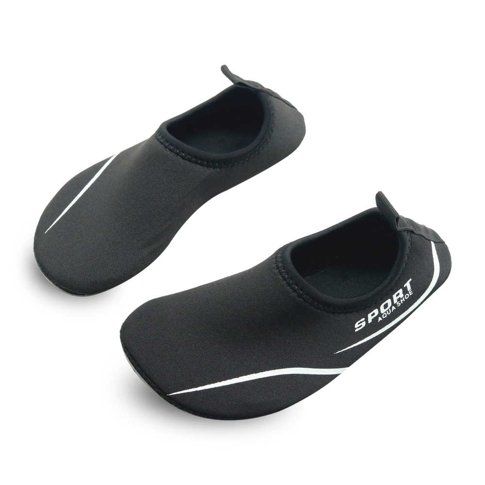 Apakowa Unisex เด็กเด็กชายหญิงรองเท้าน้ำการ์ตูนน้ำหนักเบาสระว่ายน้ำชายหาดแห้งเร็วรองเท้า Barefoot ถุงเท้ารองเท้าแตะ