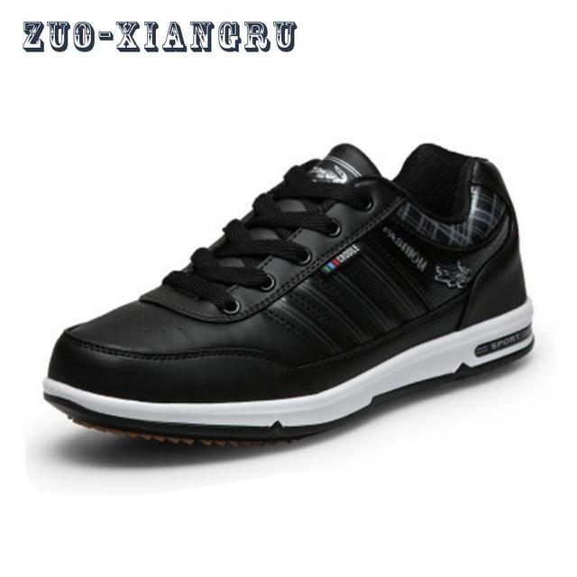 2017 nuevos hombres Zapatillas para correr impermeable sneakers deporte Atlético cómodo Zapatos adultos pu evitar resbalones Zapatos en Zapatos para